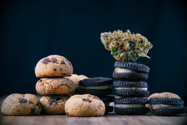 Over-half-of-consumers-interested-in-cannabis-enhanced-food-products-research-shows_wrbm_large.jpg
